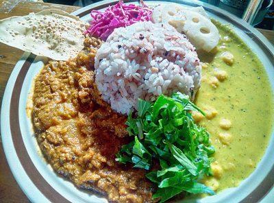 修行咖喱:ココナッツダル&トマトサーバ